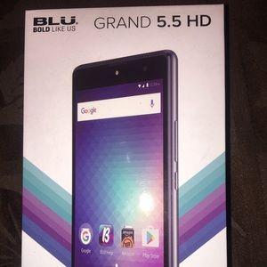 Blu Grand HD 5.5 phone